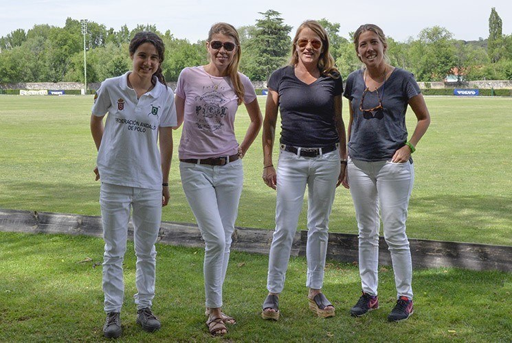 Club de Campo Villa de Madrid_ladies polo team